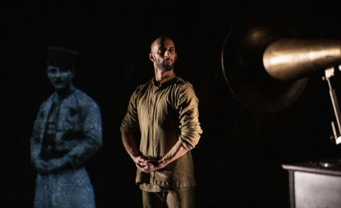Chotto Xenos - Akram Khan Company (Theaterreis naar Hasselt) 23.02.2022