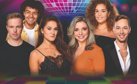 Stayin' Alive Disco Fever - Willemijn van Holt, Esmée Dekker e.a
