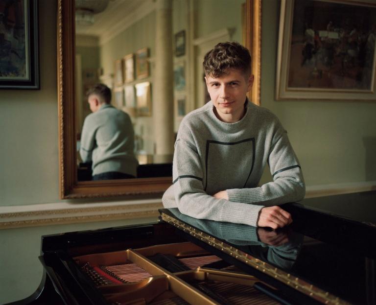 Pavel Kolesnikov (piano) De storm