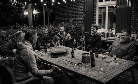 Rowwen Hèze - Alleen de liedjes