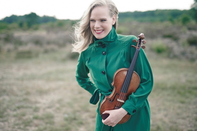 philharmonie zuidnederland - Kerstconcert Simone Lamsma