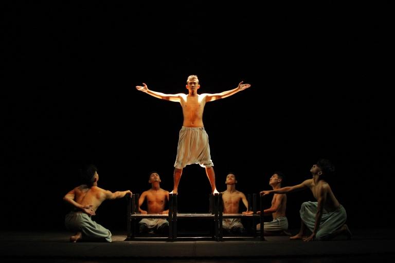Ali Sukri Dance Theatre Tonggak Raso