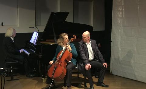 14.05.2021 Doris Hochscheid (cello), Mattijs van de Woerd (bariton) - We'll never let you down