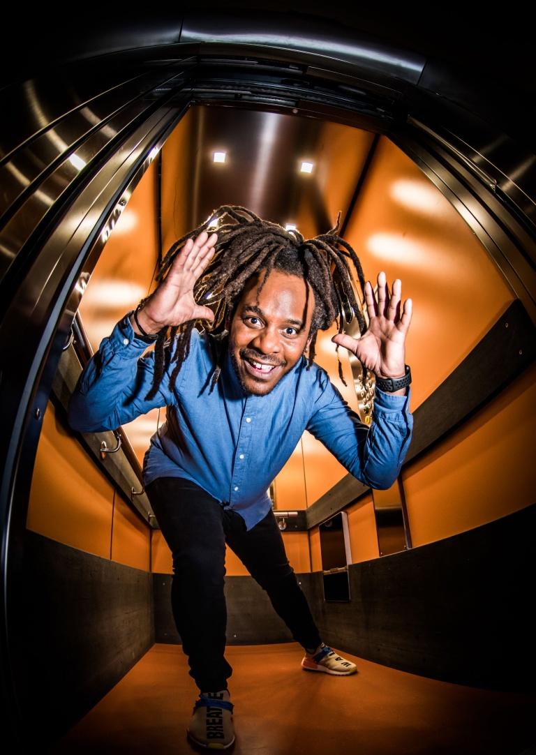 07.05.2020 Marlon-Kicken-In-de-Lift-staand-©-Dave-van-Hout.jpg