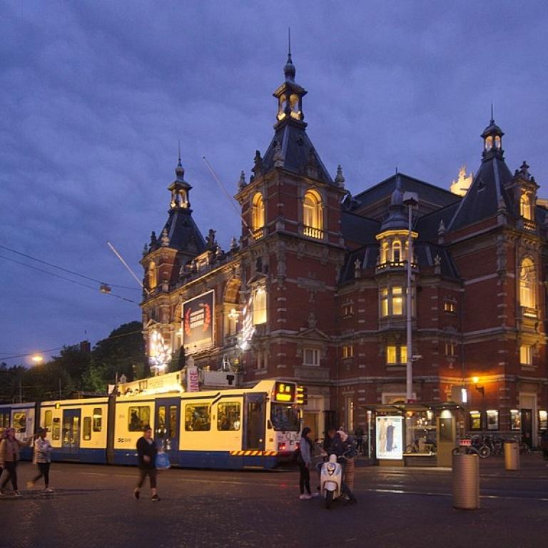 Maastricht Meers Amsterdam - Lazarus