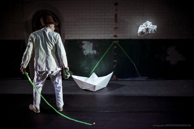 VAN MIJ - THEATER GNAFFEL - INTERNET @ Erik Franssen11.jpg